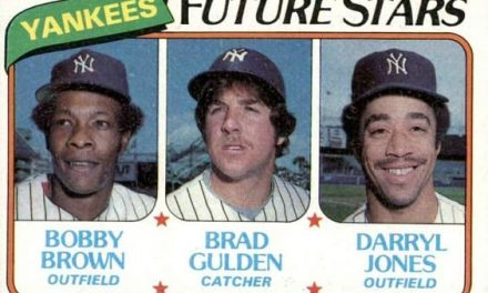 1980 Topps Darryl Jones Piled On