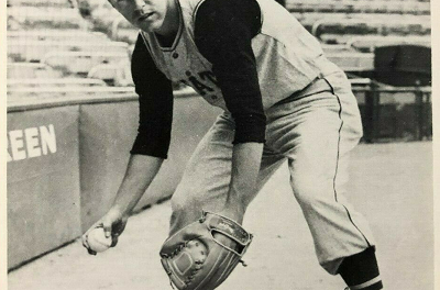 1960 MacGregor Bill Mazeroski … Only the Bat Was Missing