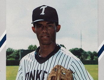1990 Diamond Cards Tampa Yankees Mariano Rivera Didn't Tip His Pitch